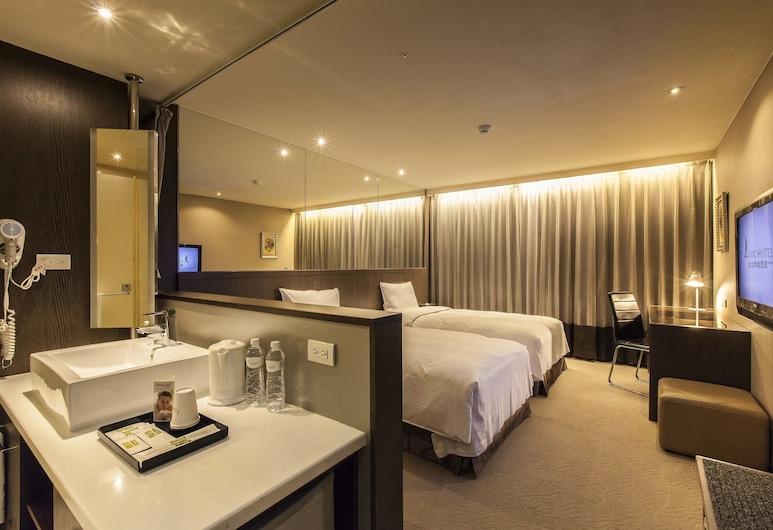 台北樂客商旅, 台北市, 市景標準雙床房, 客房