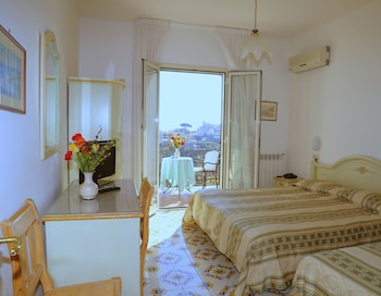 A(z) La Margherita - Villa Giuseppina hotel fényképe itt: Scala
