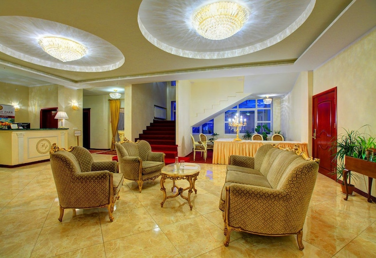 Hotel Holiday Park, Varšava, Recepcia