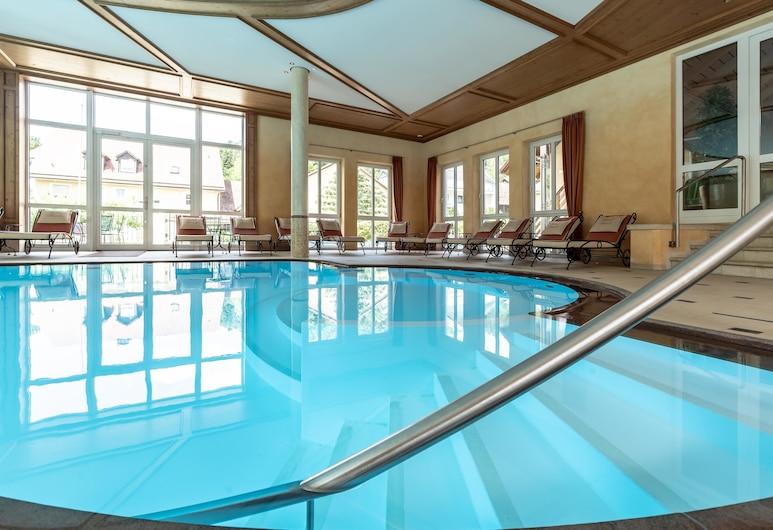 Hotel Dirsch Wellness & Spa Resort, Titting, Uima-allas