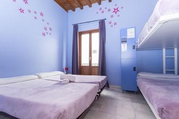 Imagen de White Nest en Granada