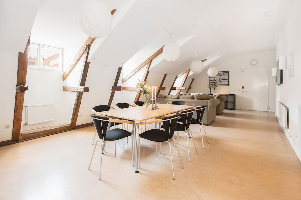 Habitación estándar, 2 camas dobles, para no fumadores, en edificio anexo - Servicio de comidas en la habitación