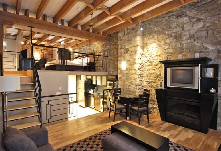 Lofts du Vieux-Port, Montreal, Deluxe tetőtéri szoba, Nappali rész
