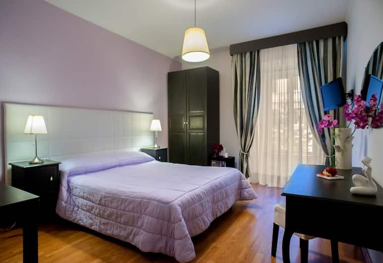 El Dorado Vatican, Rom, Dobbeltværelse med dobbeltseng eller 2 enkeltsenge - privat badeværelse, Værelse