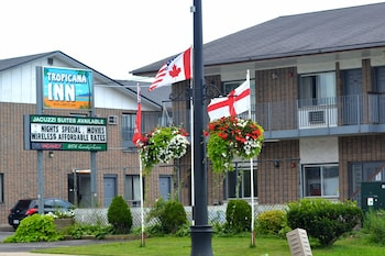 Top 10 Cheap Hotels In Niagara Falls From 33 Cad Night Hotels Com