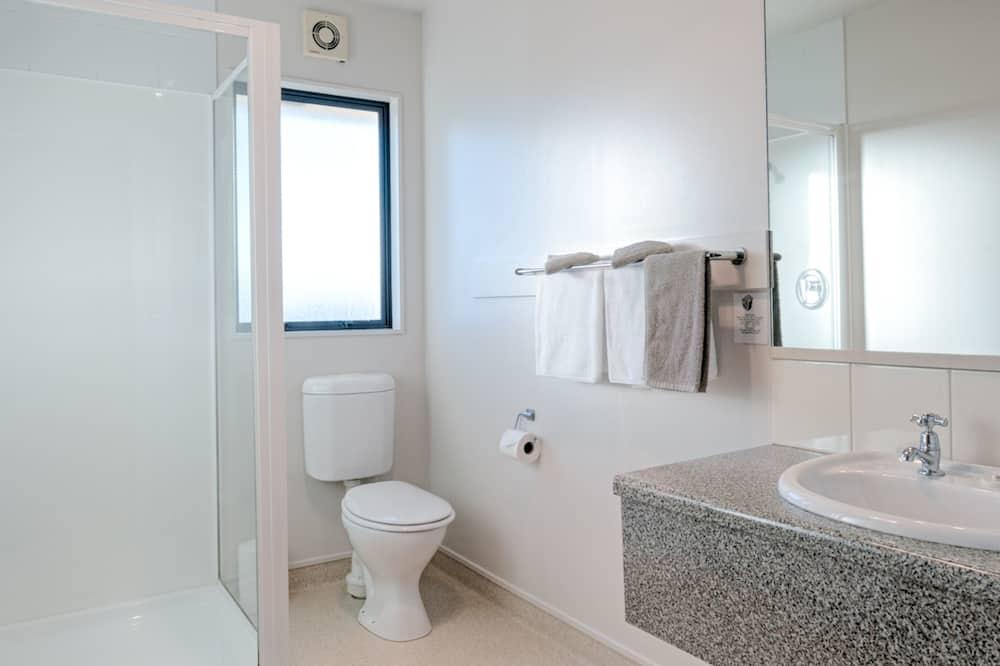 Apartamentai šeimai, 1 miegamasis - Vonios kambarys