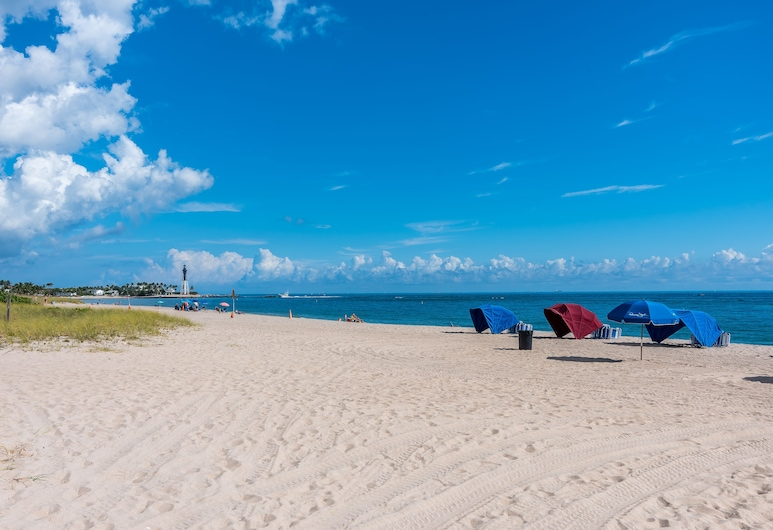 La Costa Beach Club by Capital Vacations, Pompano Beach, Beach