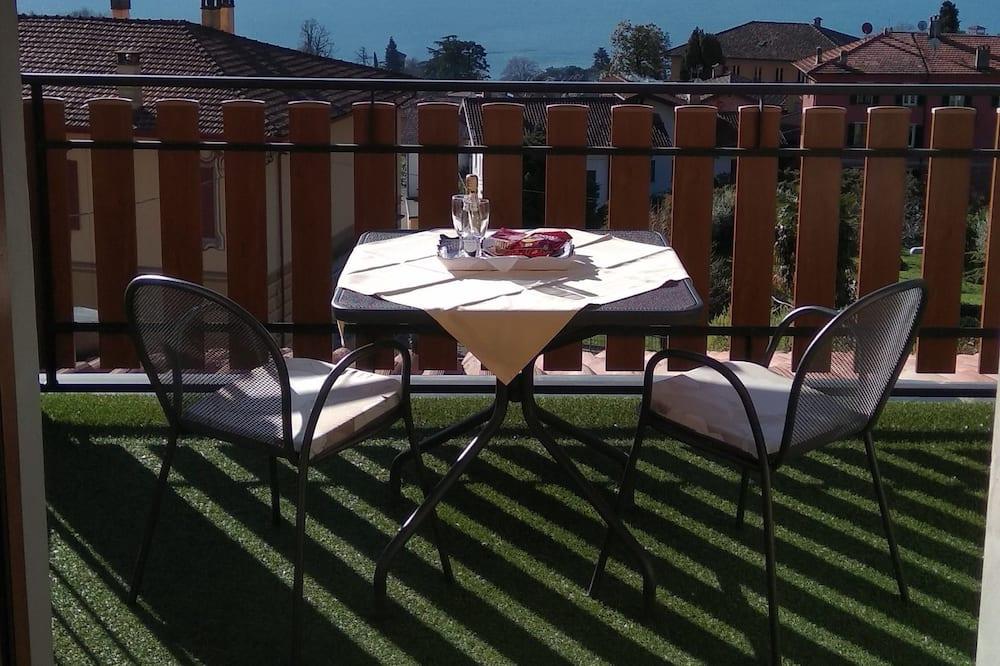 Standard Apartment, Kitchen, Lake View (Via Per La Grona 57, 22017 Menaggio) - Balcony