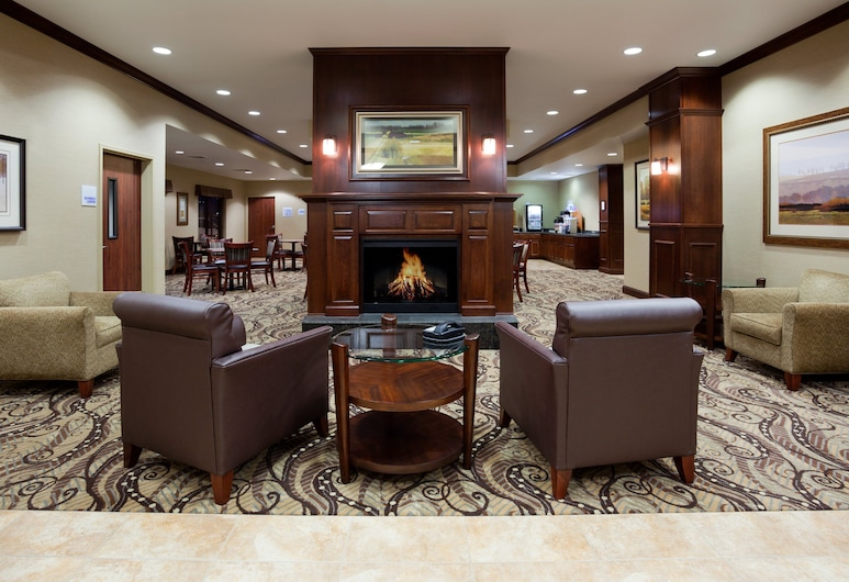 Holiday Inn Express and Suites Mason City, Mason City, Lobby