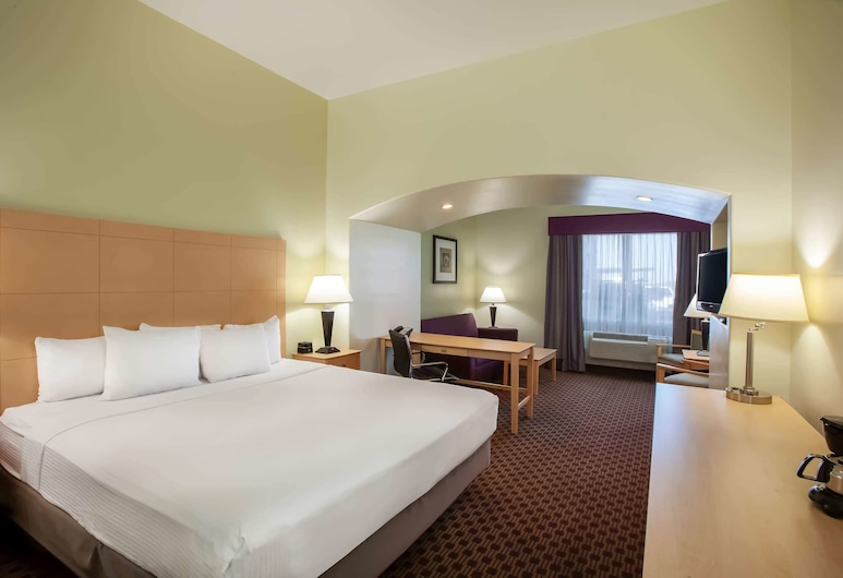 La Quinta Inn & Suites by Wyndham Odessa North, Odessa, Room, 1 King Bed, Accessible, Non Smoking (Mobility/Hearing Impaired Accessible), Guest Room