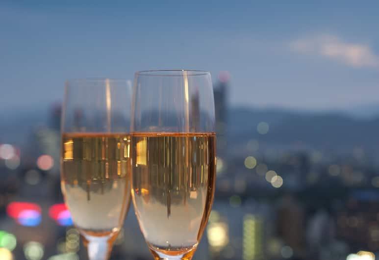 廣島喜來登大酒店, 廣島, 豪華客房, 1 張特大雙人床, 城市景, 轉角, 城市景觀