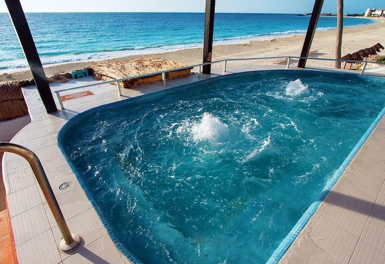 GR Caribe By Solaris Deluxe All Inclusive Resort, קנקון, אמבט ספא חיצוני