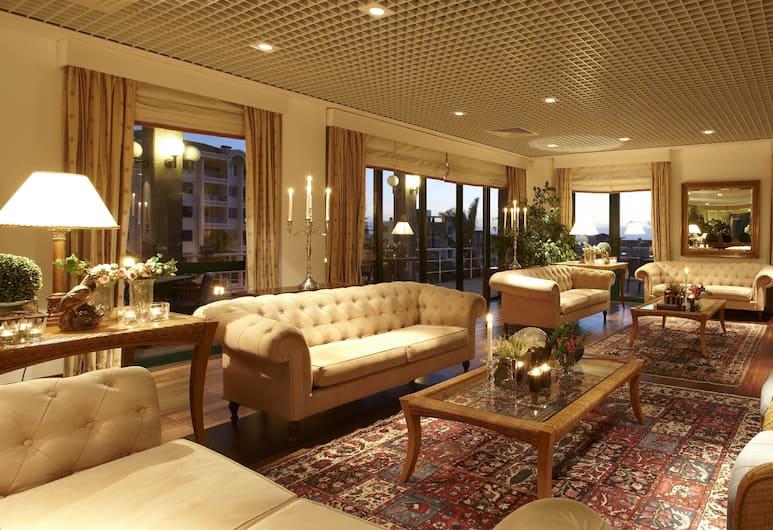 Hotel Escola, Funchal, Siddeområde i lobby