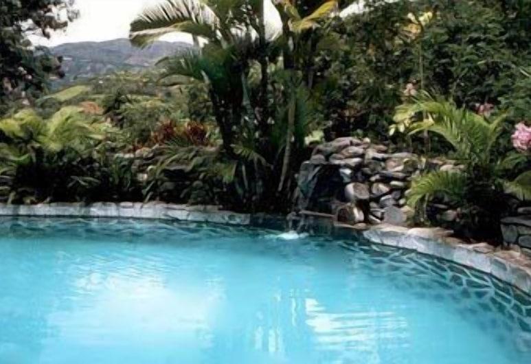 Madre Tierra Hotel Spa, Loja, Outdoor Pool
