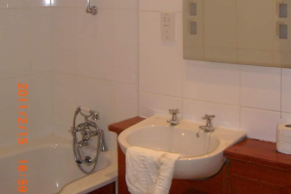 ห้องดับเบิล, ห้องน้ำส่วนตัว (Separate) - ห้องน้ำ