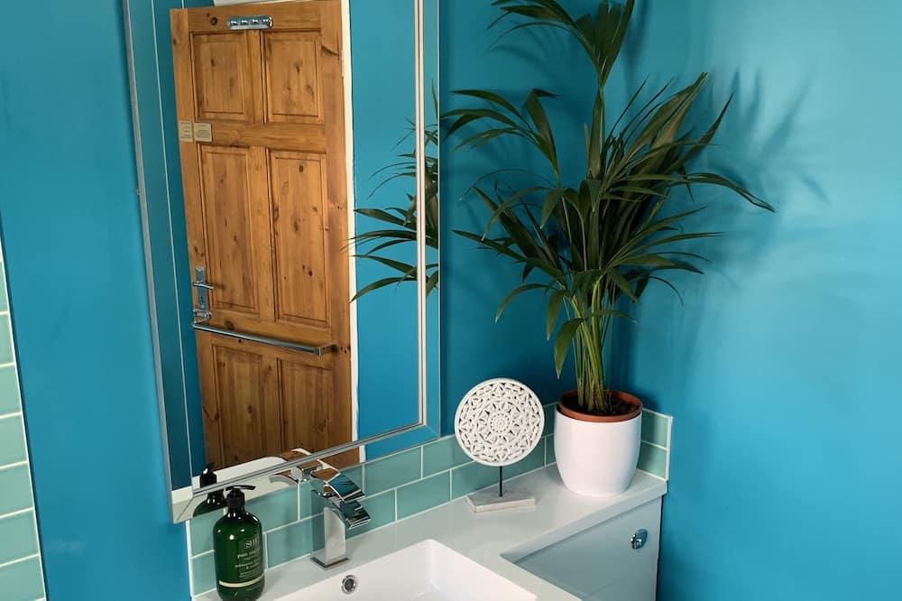 Double room, Private bathroom (Wren) - Vannituba
