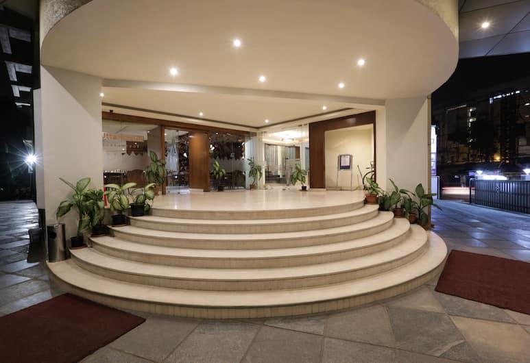 Hotel Trinity Isle, Bengaluru, Hotellentré