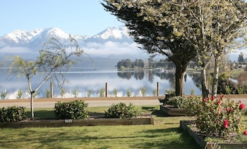 Picture of Te Anau Lakeview Kiwi Holiday Park & Motels in Te Anau