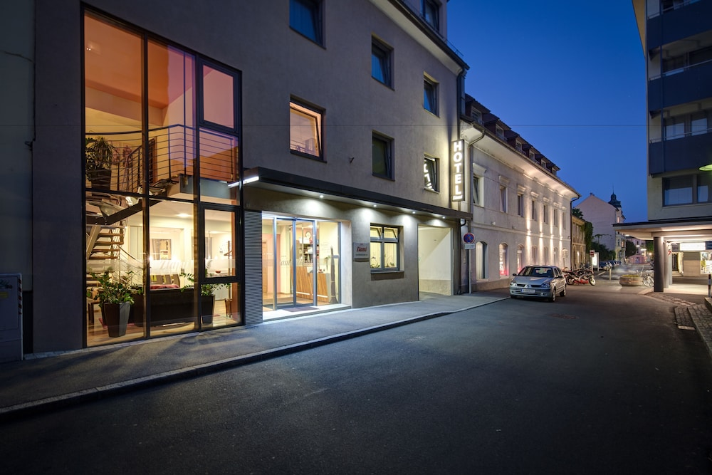 Hotel-Garni Zlami, Klagenfurt am Woerthersee