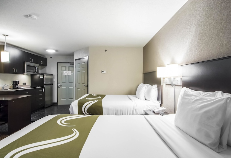 Quality Inn & Suites Thompson, Thompson, Standard Room, 2 Double Beds, Guest Room