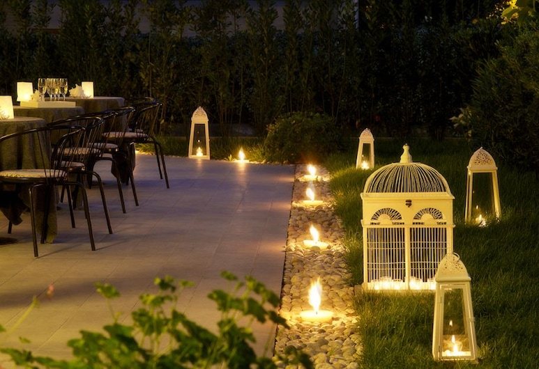 Hotel Villa Rosa, Riccione, Aed