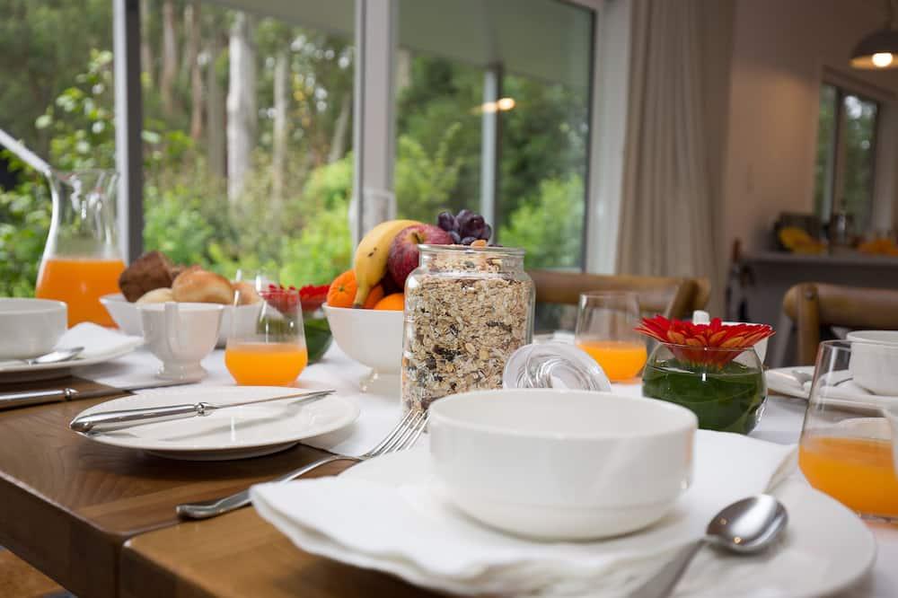 Luxury Βίλα - Γεύματα στο δωμάτιο