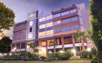 Picture of Days Hotel Neemrana by Wyndham in Shahjahanpur