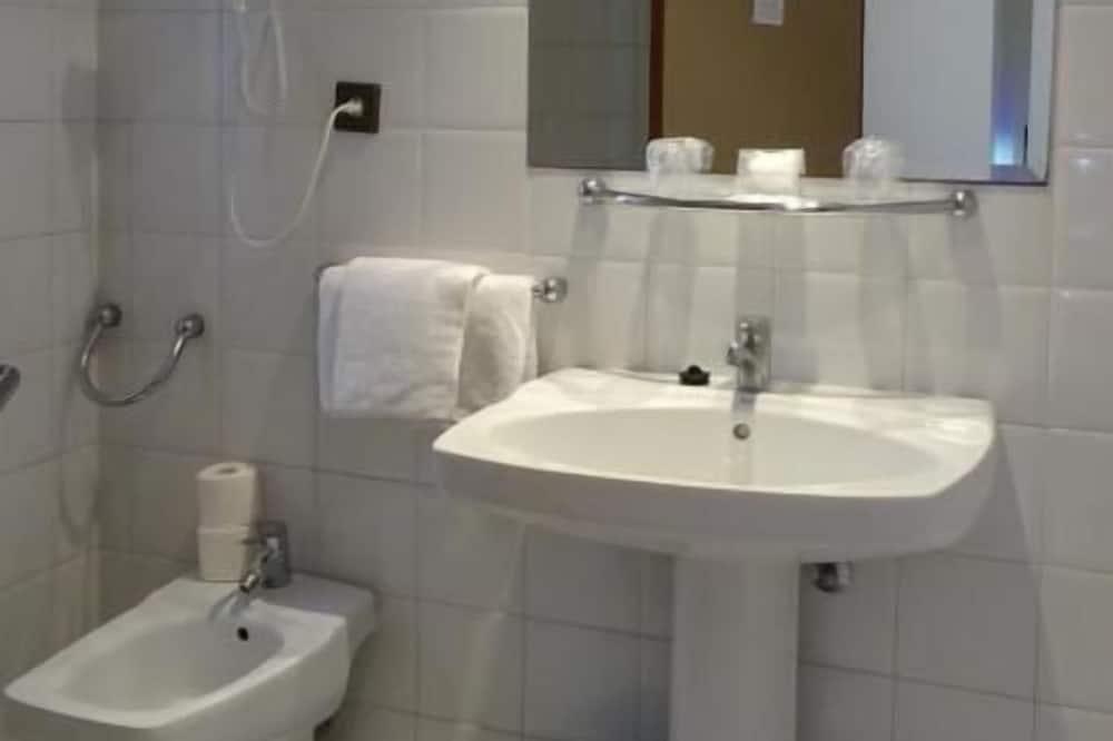 Economy İki Ayrı Yataklı Oda, 1 Yatak Odası - Banyo