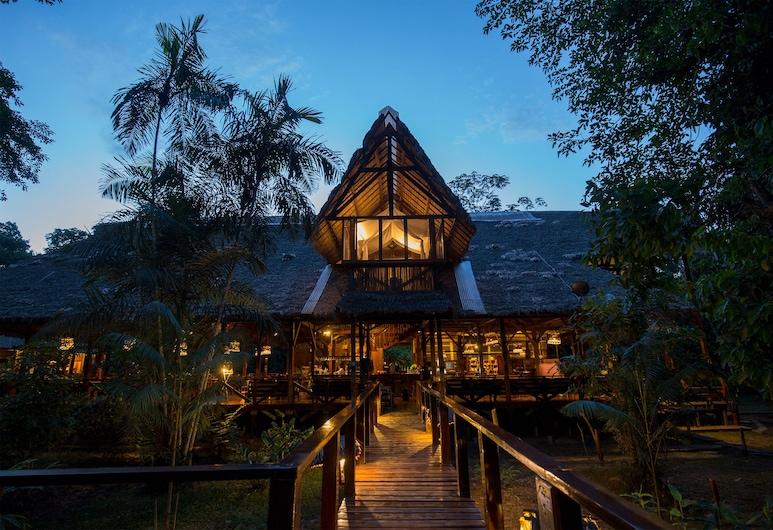 ريفوجيو أمازوناس, تامبوباتا, واجهة الفندق - مساءً /ليلا