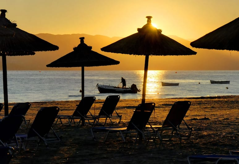 Island Beach Resort - Adults Only, Kérkyra, Rand
