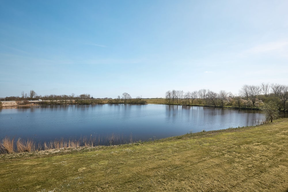 Junior Suite - Lake View