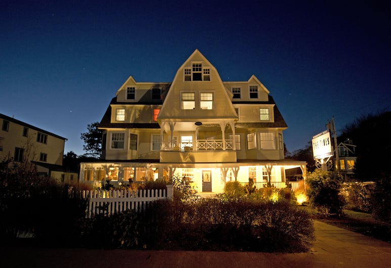 The Tides Beach Club, Kennebunkport, Hotel Front – Evening/Night