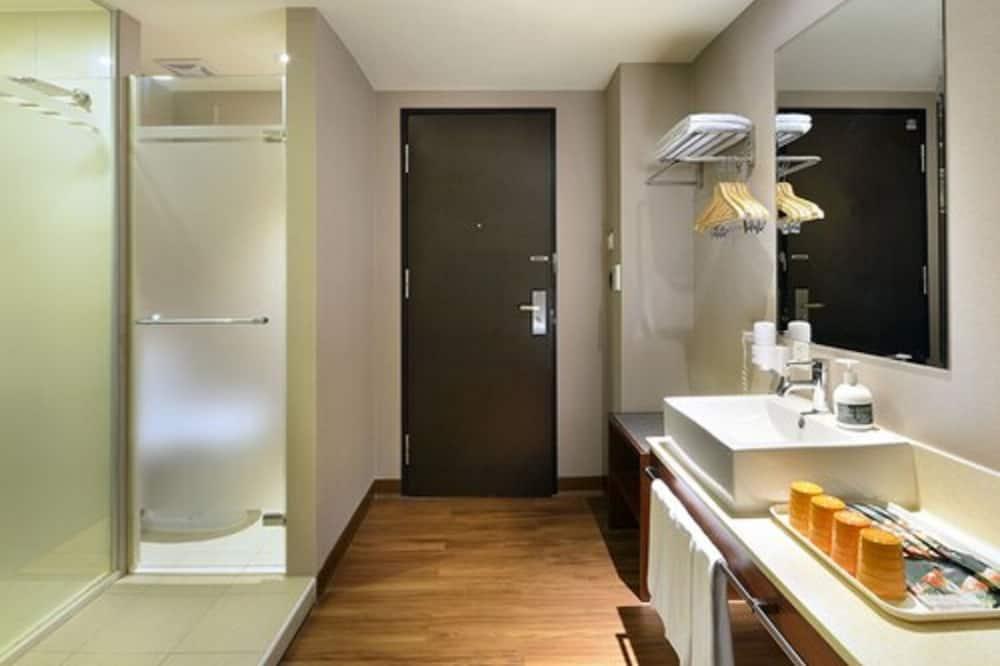 豪華四人房, 2 張標準雙人床 - 浴室