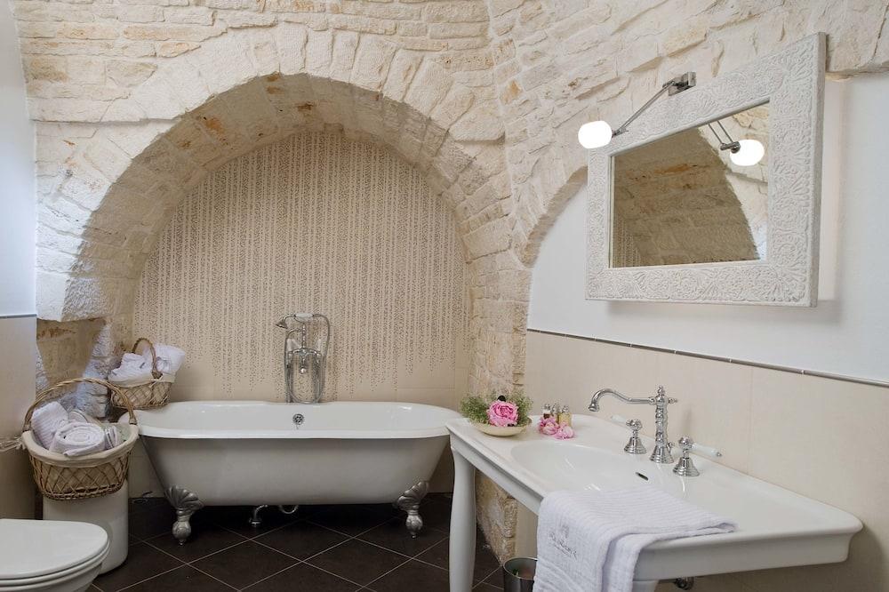 Номер-люкс (Trullo) - Ванна кімната