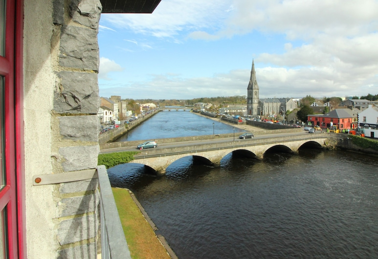 Ballina Manor Hotel, Ballina, Riverview Twin Room, Guest Room View