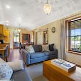 特級平房, 2 間臥室, 湖景 - 客廳