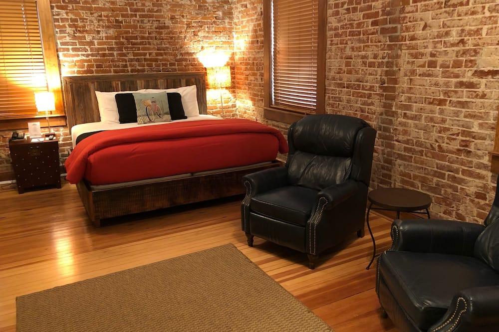 Dvoulůžkový pokoj, vlastní koupelna, výhled na řeku (Room 31) - Pokoj