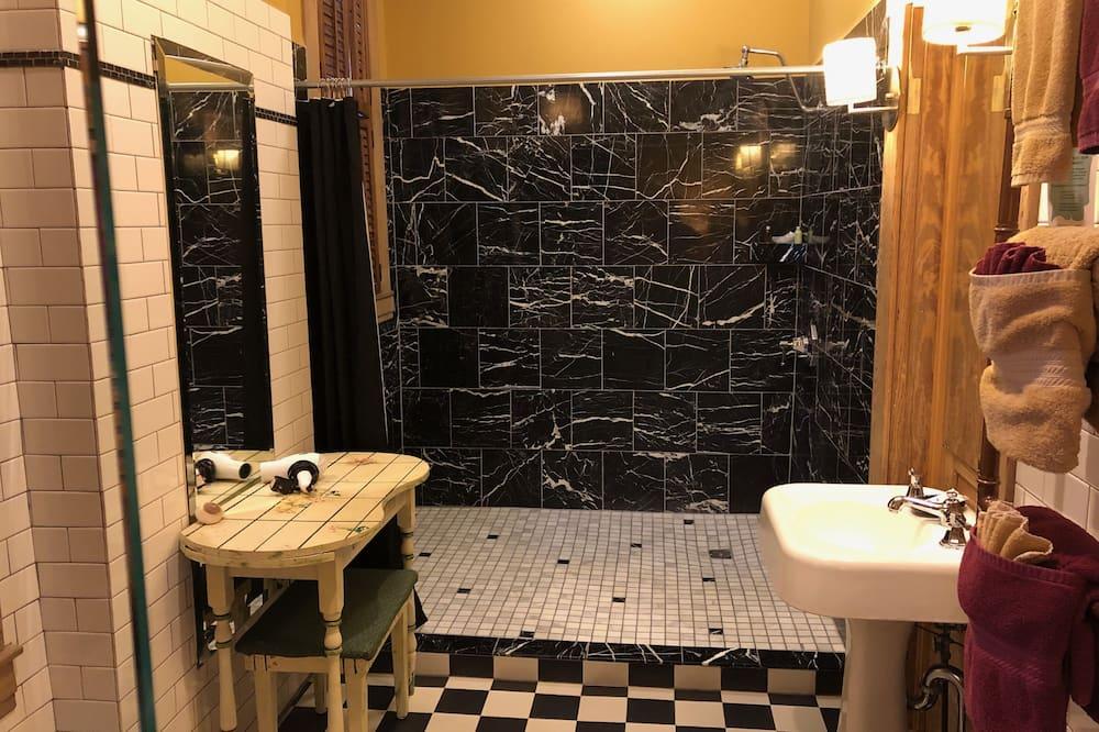 Dvoulůžkový pokoj, vlastní koupelna (Room 03) - Koupelna