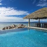 Villa, piscina privada, frente al mar - Habitación