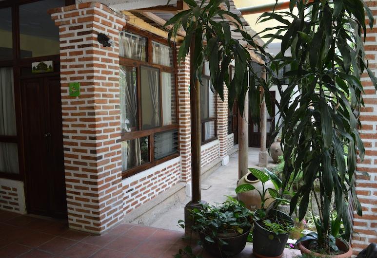 Eco Suites Uxlabil Guatemala City, Guatemala-Stadt, Doppelzimmer, Innenhof