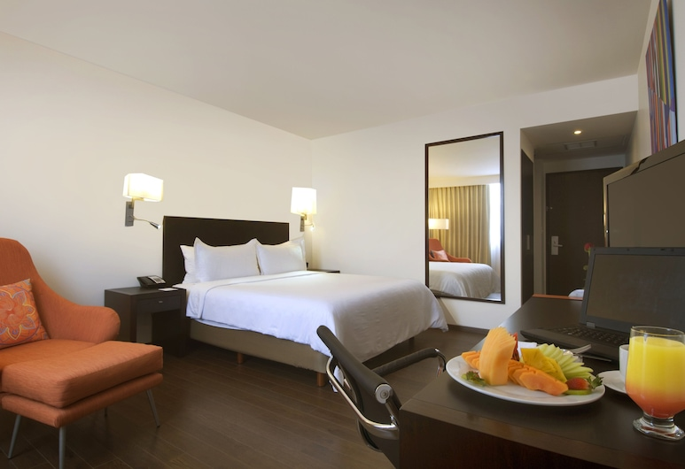 Fiesta Inn Insurgentes Sur, Mexico City, Superior Room, 1 King Bed, Guest Room