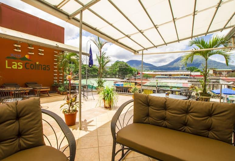 拉斯克里那斯酒店, La Fortuna, 陽台