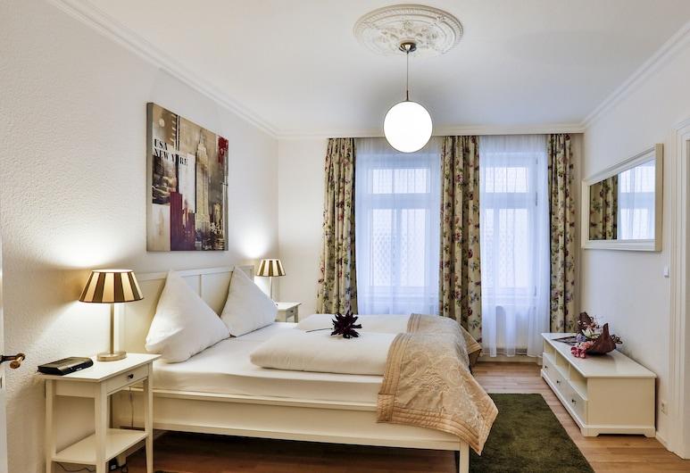 Hotel Laterne, Baden-Baden, Apartmán typu Deluxe, súkromná kúpeľňa, Hosťovská izba