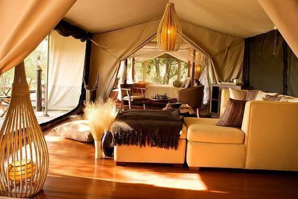 Tenda Deluxe (3 Safaris included) - Área de Estar