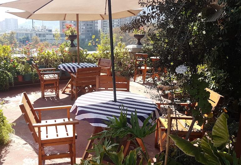Hostel Casaltura , Santiago, Terrace/Patio