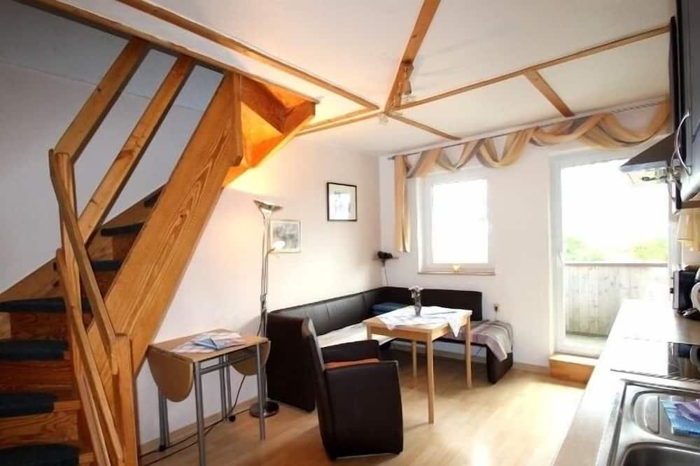 Standard-huoneisto, 2 makuuhuonetta (Cleaning Fees 50 EUR not included) - Olohuone