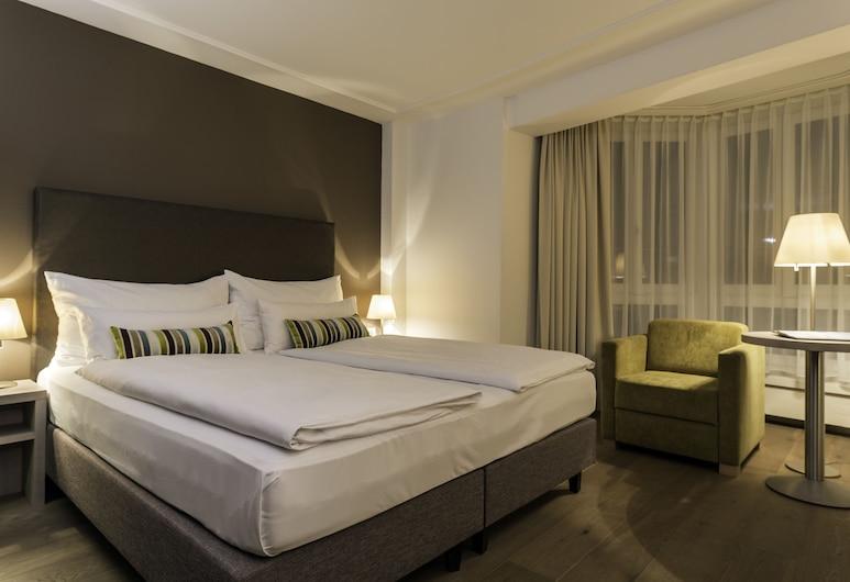 Hotel PLATZHIRSCH, Zürich, Superior Double Room (1 King bed), Guest Room
