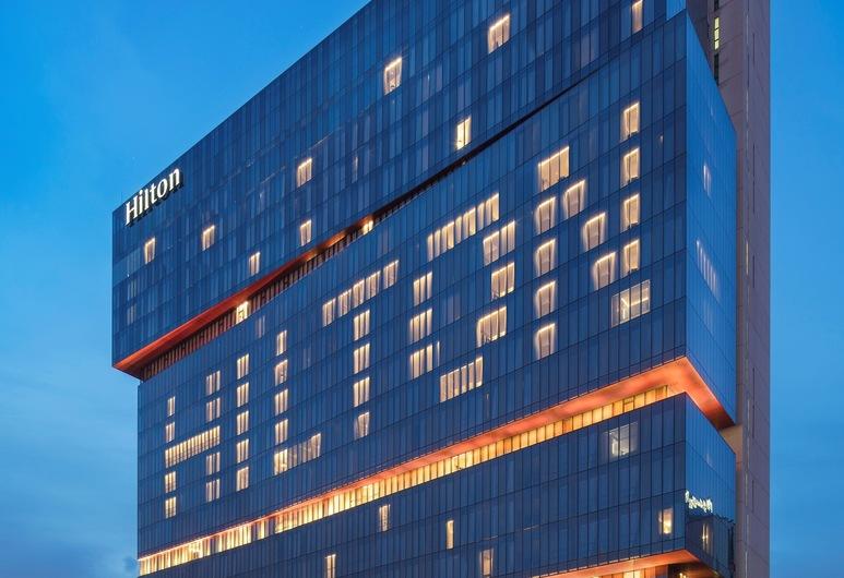 Hilton Guangzhou Tianhe, Guangzhou, Junior sviit, Sissepääs
