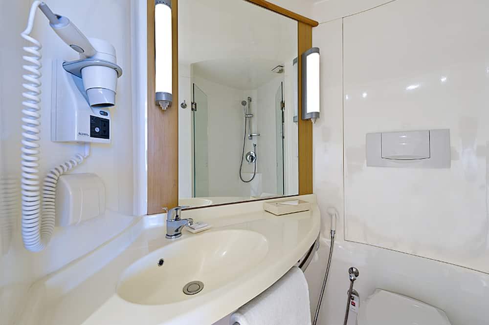 Deluxe-Zweibettzimmer, 2Einzelbetten - Badezimmer