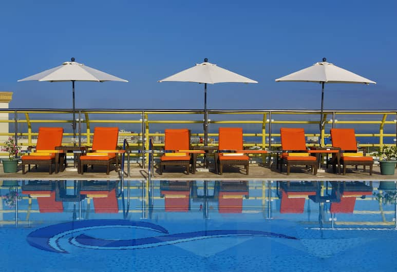 City Seasons Hotel Muscat, Muscat, Tetőteraszi medence